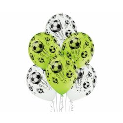 Õhupallid jalgpallidega...
